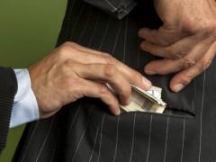 Corruzione tra privati estesa a tutti i manager